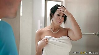 Brazzers - Reagan Foxx - Mommy Got Milk cans