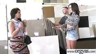 Superb Hot Girl (Shae Summers&Brianna Oshea) For Cash Get Hard Nailed In Front of Cam vid-27